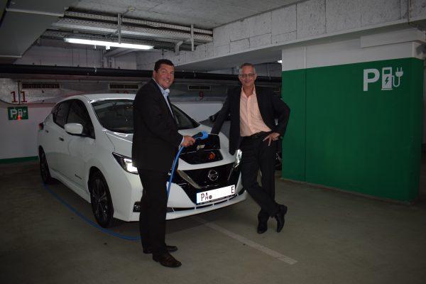 Sparkasse Passau investiert nun auch in Elektromobilität