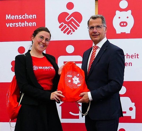 """Sparkasse Passau unterstützt """"Hackathon"""" des Gründerzentrums"""