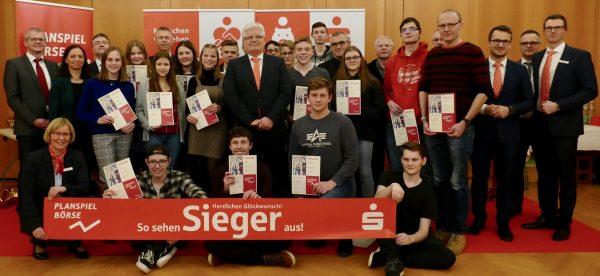 Planspiel Börse 2018: Gewinner meistern turbulente Spielzeit