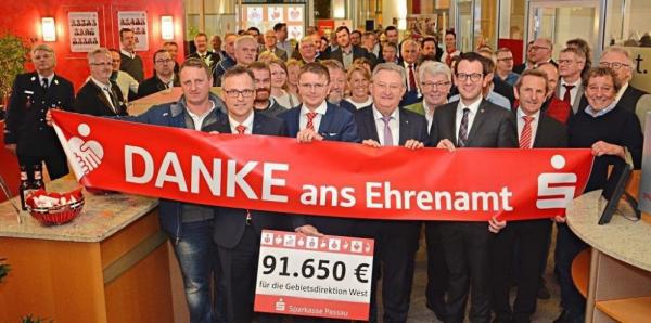 Sparkasse Passau feiert das Ehrenamt