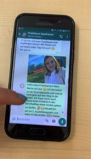 Bereits zum vierten Mal veranstaltet die Sparkasse Passau für Schüler:Innen in den Pfingstferien das beliebte WhatsApp-Praktikum.